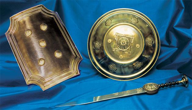 Escudos y Espadas para Soldados Romanos caracterizados para Semana Santa, Belenes vivientes y recreaciones históricas
